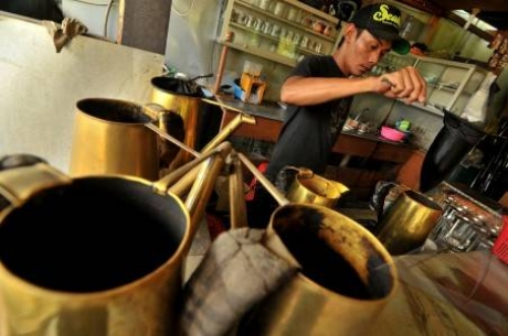 Kafe Jakarta, Mencari Kedai Kopi